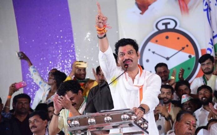 dhananjay munde declare no cast basis societies in maharashtra