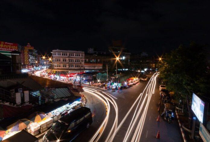 night curfew to begin today in maharashtra