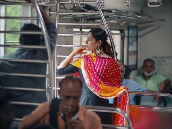 smart saheli initiative in mumbai local