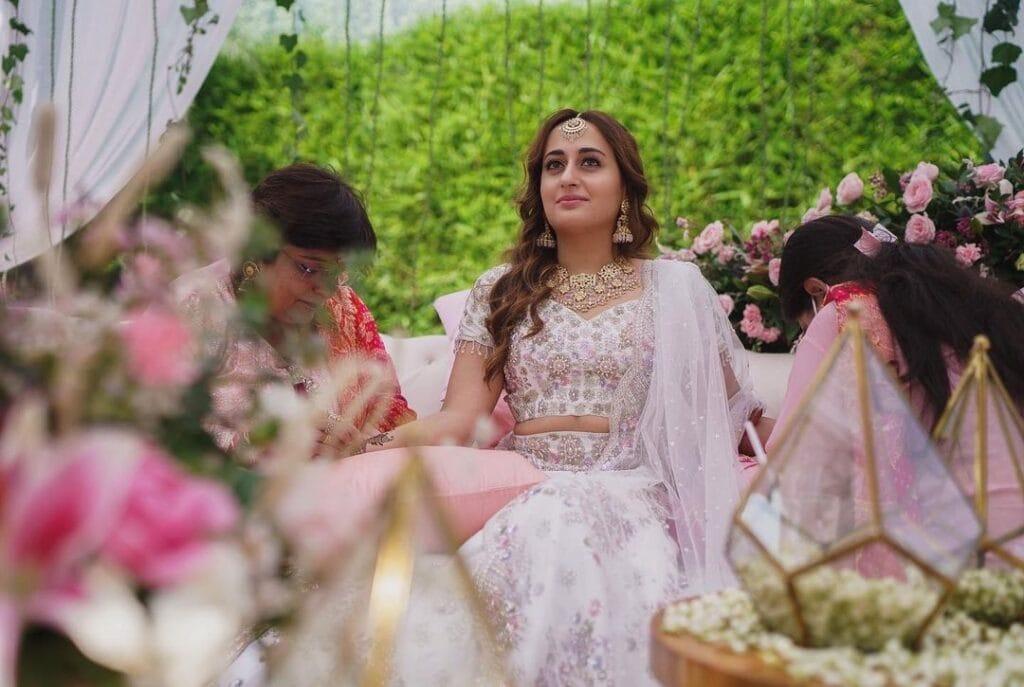 Natasha Dalal Mehandi event in her wedding